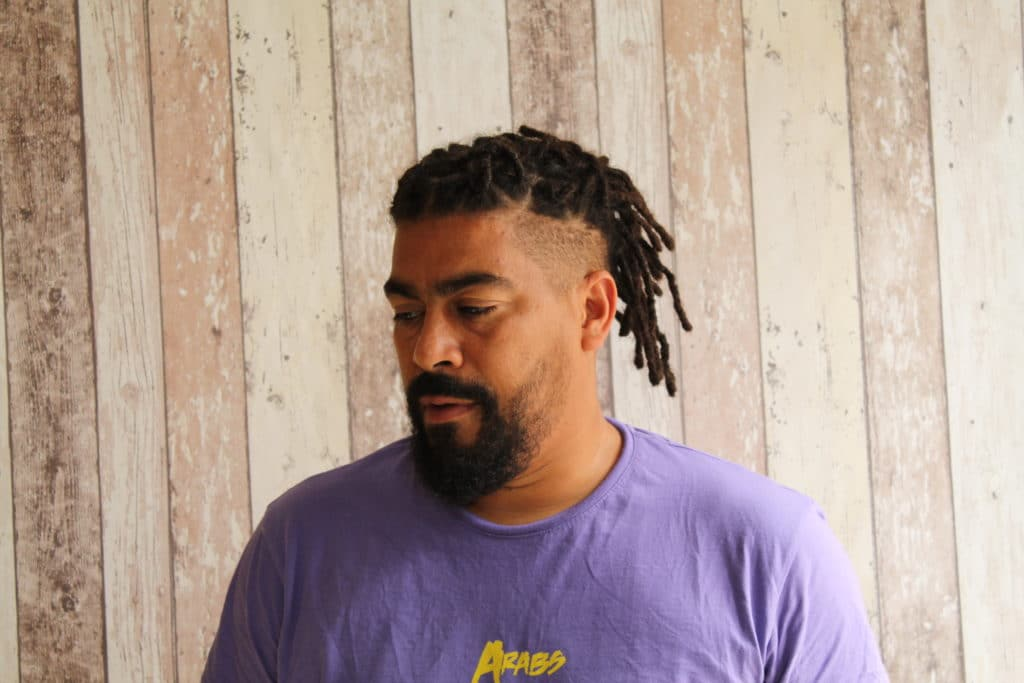 Salon de coiffure spécialisées en dreadlocks.