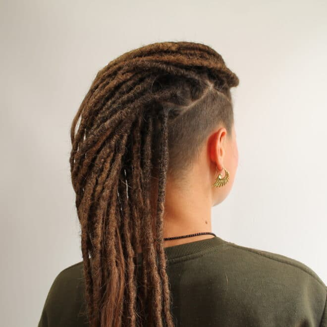 Extensions-dreadlocks-coiffeuse